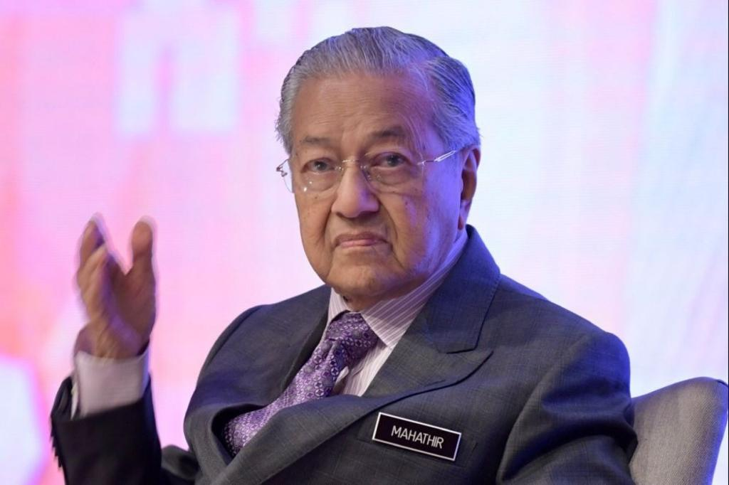Four proposals to take over Malaysia Airlines: Dr M